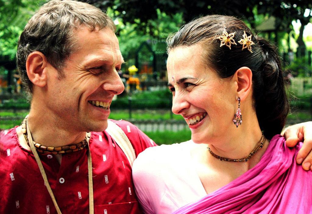 Kamaniya & Keshavacharya Das | ph: Alessia Elysee