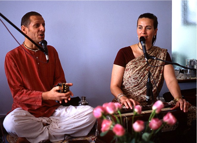 at Integral Yoga NYC, July '09 | ph: Alessia Elysee
